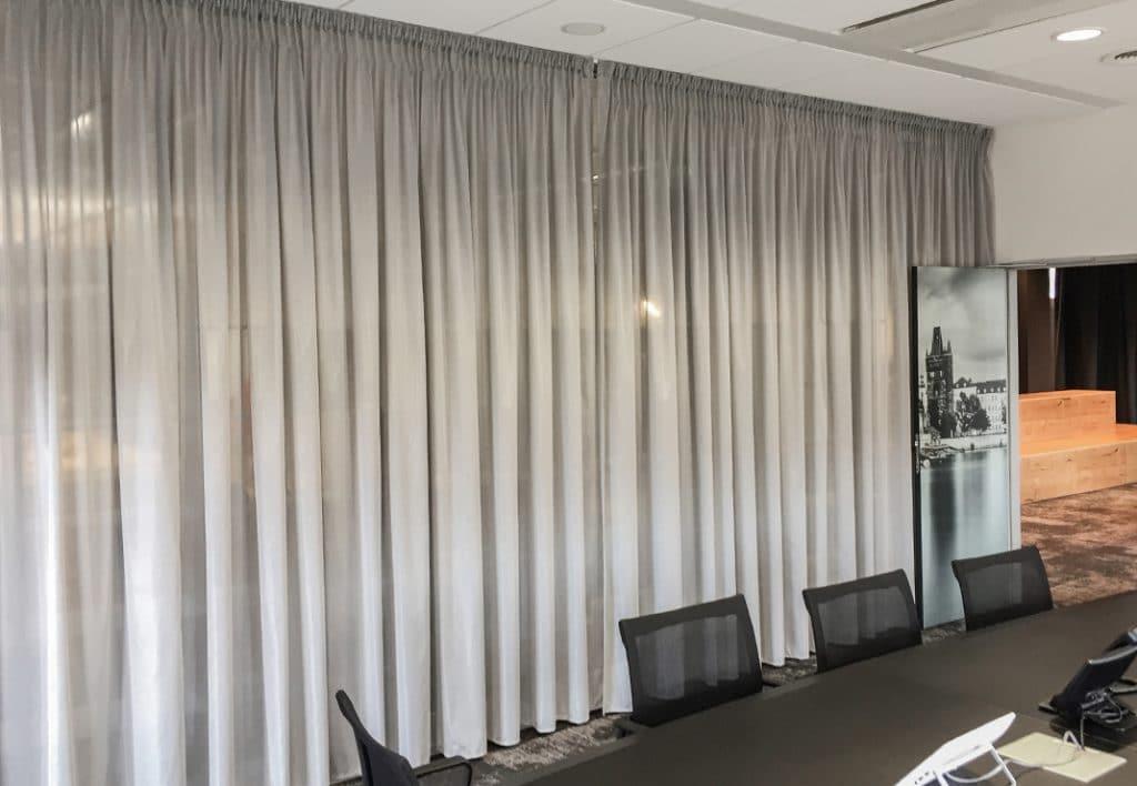 akustická záclona